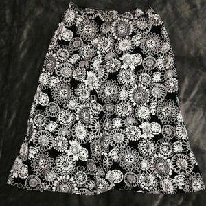 Croft & Barrow Black Floral below knee skirt sz 14